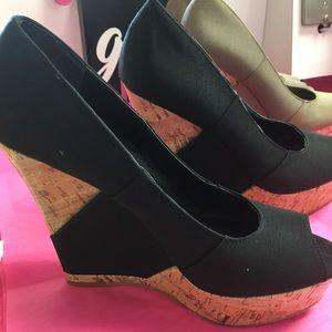 2 pair Ladies wedge sandals!!